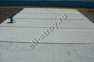 Стороной гидроизоляция какой крыши крыши для к металлочерепицу под